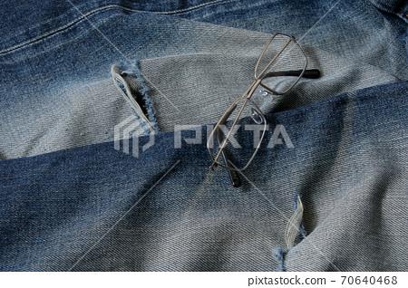 Jeans, denim, lifestyle, apparel, fashion, trousers, clothing, glasses, glasses 70640468