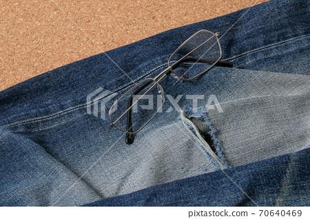 Jeans, denim, lifestyle, apparel, fashion, trousers, clothing, glasses, glasses 70640469