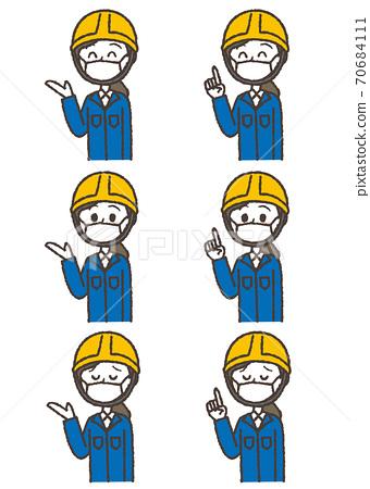 헬멧을 쓴 안내하는 작업복 여성의 일러스트 세트. 마스크 버전. 70684111