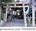 Taishin Shako Shrine 70698096