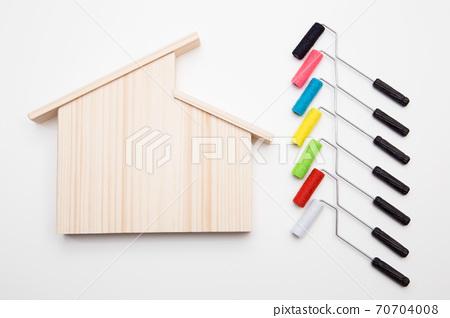 내 집 외벽 도장 이미지 도장 공사 이미지 페인트 색상 선택 이미지 스튜디오 촬영 70704008