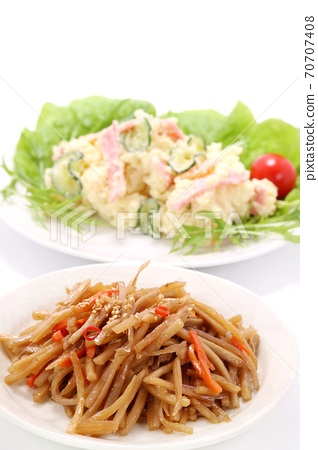 Kinpira burdock potato salad white background 70707408