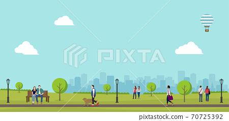 綠樹成蔭的公園(人們的日常生活)水平橫幅插圖/夏季/春季 70725392