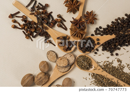 Various aromatic herbs and spices top view 105 70747773