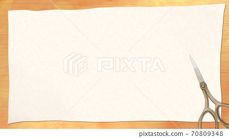 판 나뭇결 위의 흰 천이나 종이와 가위의 배경 소재 70809348