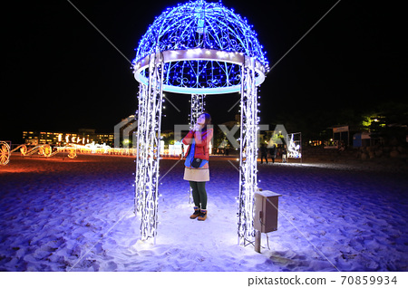 girl takes a tour in the Shirahama Beach illumination in shirahama 70859934