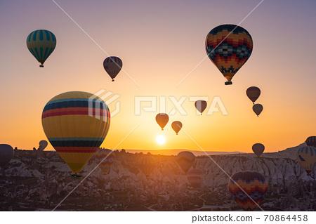 Cappadocia balloon flight 70864458
