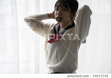 高中女生換衣服 70871740