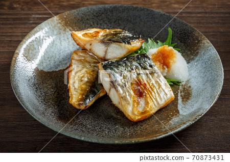 烤鹽鯖魚 70873431