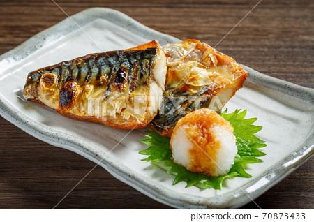 烤鹽鯖魚 70873433