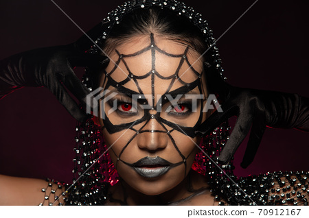 Ghost Fashion make up Woman halloween background empty copy space 70912167