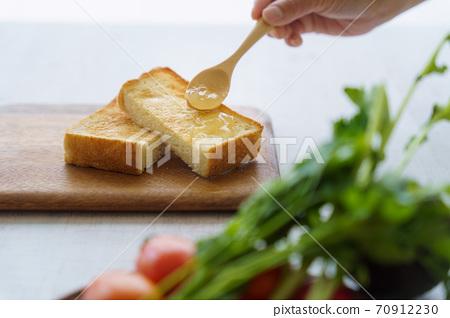 蘋果果醬吐司 70912230
