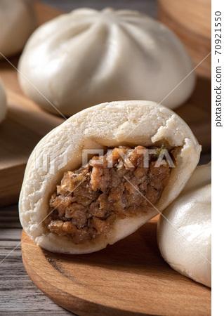 包子 肉包 蒸籠 中式 小吃 料理 美食 baozi meat bun 肉まん 肉まんじゅう 70921550