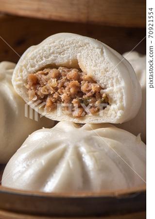 包子 肉包 蒸籠 中式 小吃 料理 美食 baozi meat bun 肉まん 肉まんじゅう 70921554