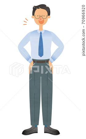 戴眼鏡的男人,西裝站在他腰間的手帶著微笑 70966920
