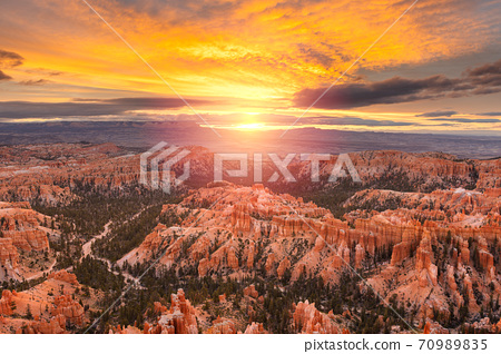 Bryce Canyon National Park, Utah, USA  70989835