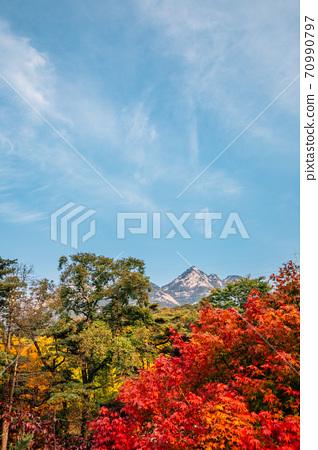 Bukhansan mountain at autumn in Seoul, Korea 70990797
