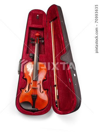 Violin in its case 70993635