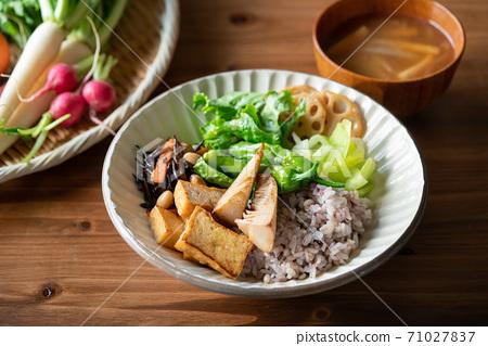 日式佛碗純素食品 71027837