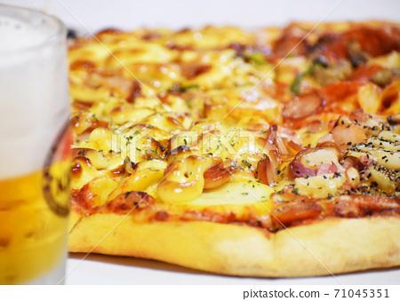 Pizza 71045351