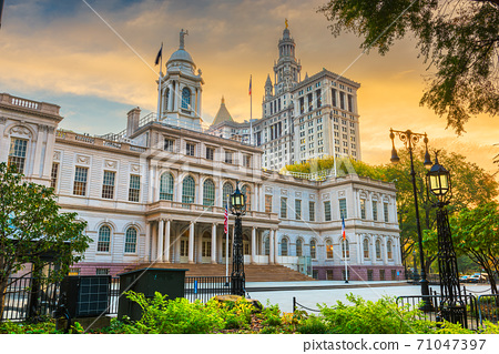 New York City Hall 71047397