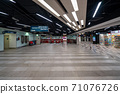 [Singapore] [MRT] Image of Singapore subway entrance 71076726