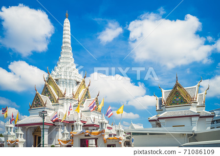 Lak Mueang, city pillar shrine of Bangkok thailand 71086109