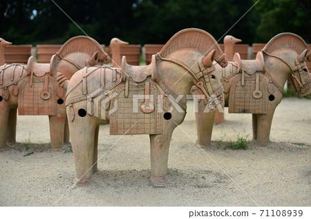 Horse-shaped haniwa of Imashirozuka Kofun, Takatsuki City 71108939
