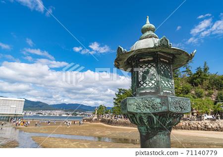 Aki's Miyajima Itsukushima Shrine Lantern 71140779