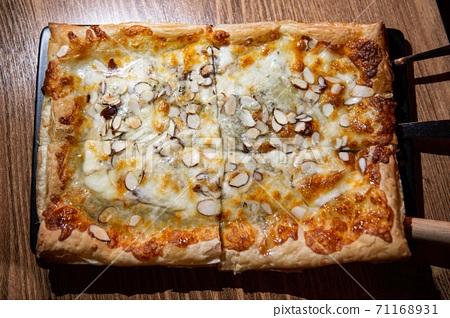 맛, 영양, 식사, 맥주안주로 인기있는 맛있는 피자 71168931