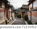 bukchon hanok village 71215952