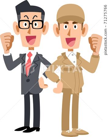 一個穿著內膽的男人背靠背擺姿勢,一個穿著米色工作服的男人 71275766