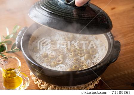 橄欖煮飯(西班牙橄欖) 71289862