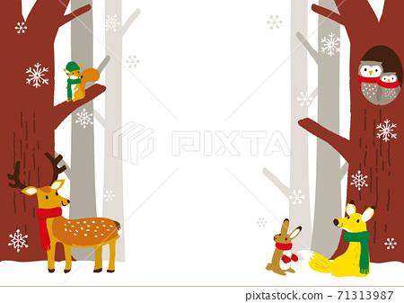 冬季森林和動物背景圖 71313987