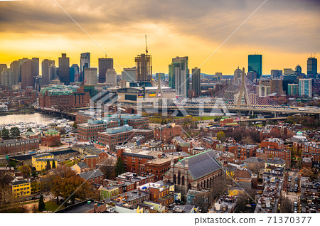 Boston, Massachusetts, USA Skyline 71370377