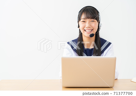 初中生,高中生,婦女學習,參加考試,學習 71377700