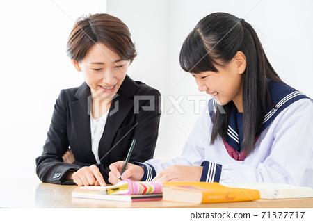初中生,高中生,婦女學習,參加考試,學習 71377717
