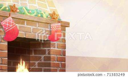 크리스마스 장식 된 벽난로의 일러스트 71383249
