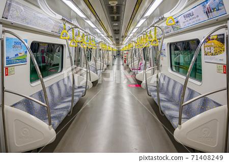 首爾地鐵9號線 71408249
