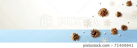 Christmas pine cones with snow flakes 71409941