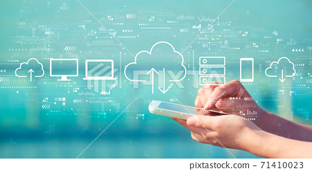 Cloud computing with smartphone 71410023