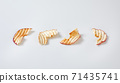 Dried apple chips 71435741
