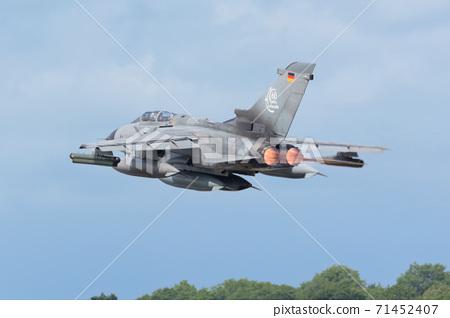 德國空軍龍捲風IDS起飛 71452407