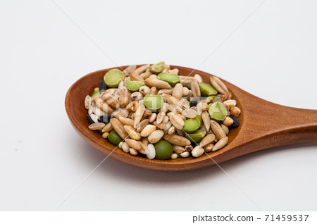 Wooden spoon with Miscellaneous grains  71459537