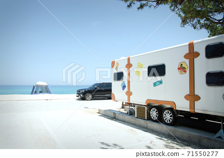 海上和房車 71550277