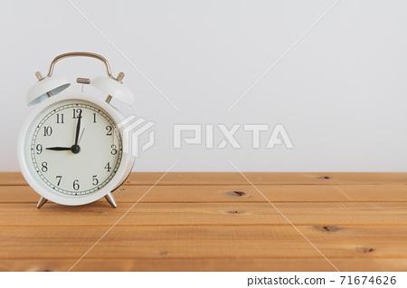 알람 시계 이미지 71674626