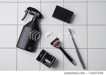 Shaving razors, brush and foam object 026 71687046