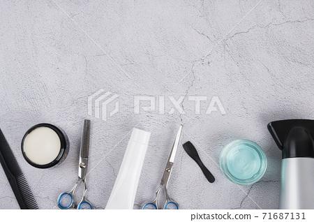 Shaving razors, brush and foam object 098 71687131