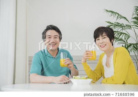 Happiness people lifestyle, Asian senior couple 040 71688596