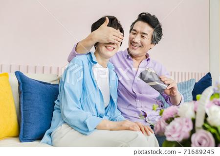 Happiness people lifestyle, Asian senior couple 308 71689245